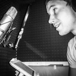 Sprechen: KRIS im Heimstudio. Aufnahme aus dem Jahr 2015. Foto: Lina
