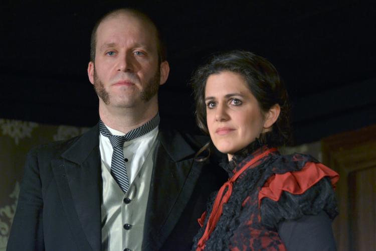Bühne: Fünf Frauen und ein Mord